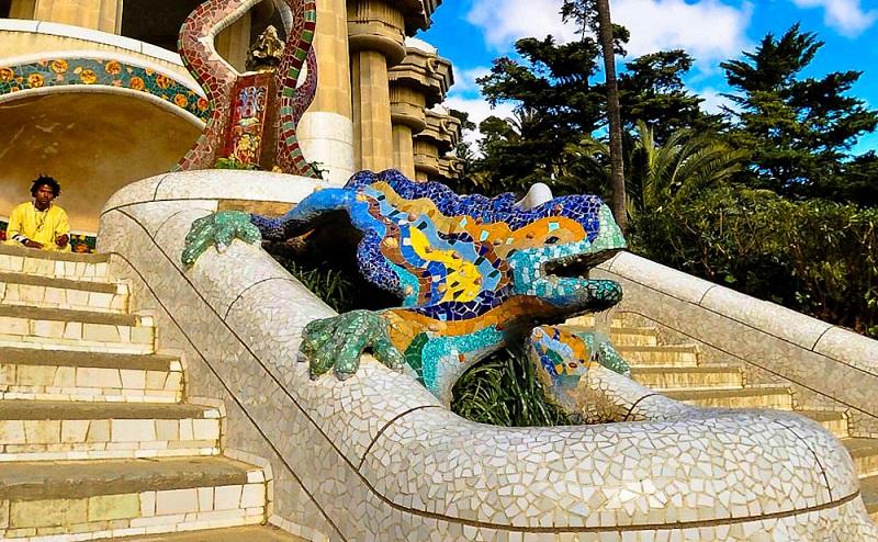 Gaudí, luz y color